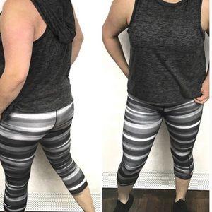 Nike pro tiger striped gray workout leggings L
